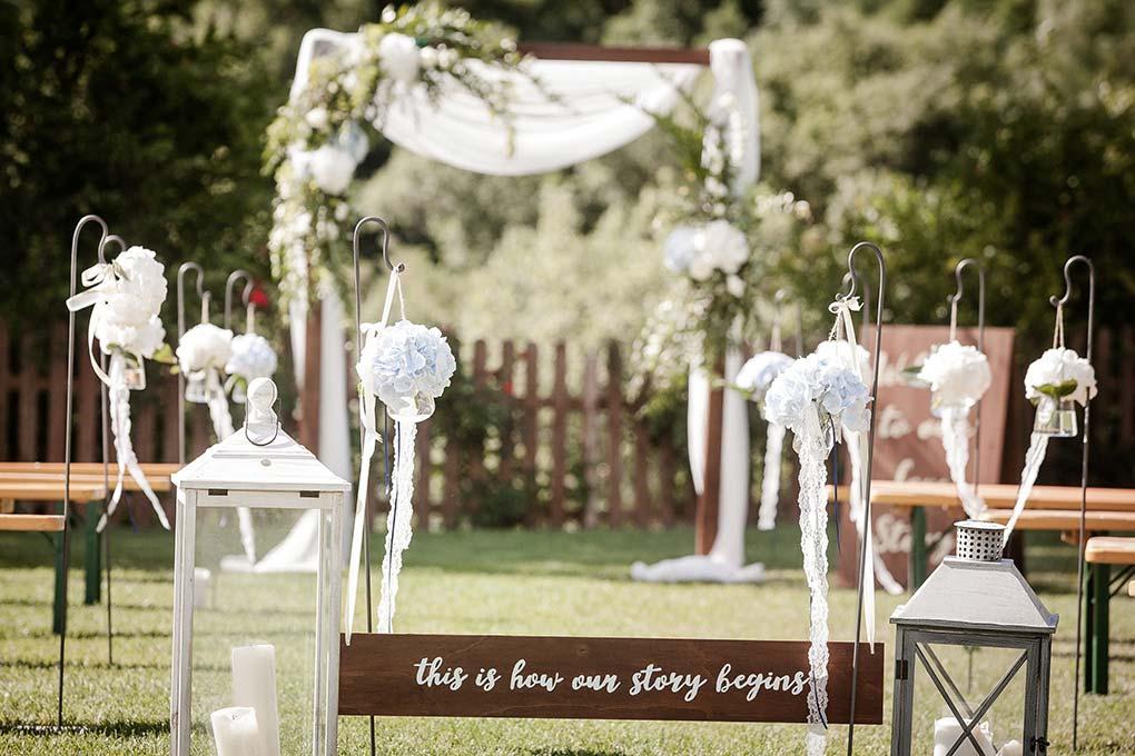 Outdoor Wedding Umbria Wedding Flowers